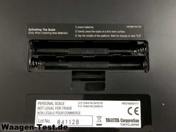 Tanita HD-366 Personenwaage Batteriefach